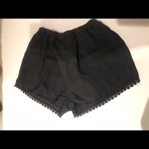 Brandy Melville Black Loose high rise shorts